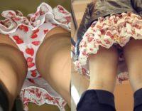 【パンチラ逆さ撮り画像】顔出しで高画質!スカートの柄とパンツの柄がマッチしている女の子wwwイチゴパンツ最高やんwww