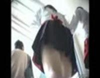 【学園祭でパンチラ盗撮】何者かが女子校の学園祭に潜入して制服JKのスカートを逆さ撮り!これぞ10代のパンティwww